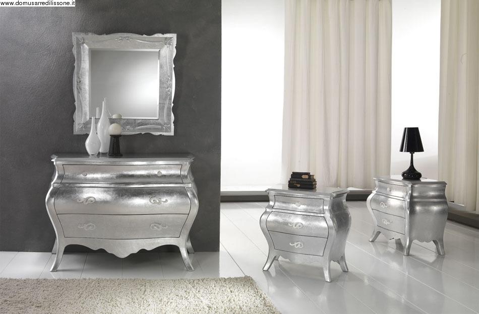 Como e comodini foglia argento - Costo isolamento acustico camera da letto ...
