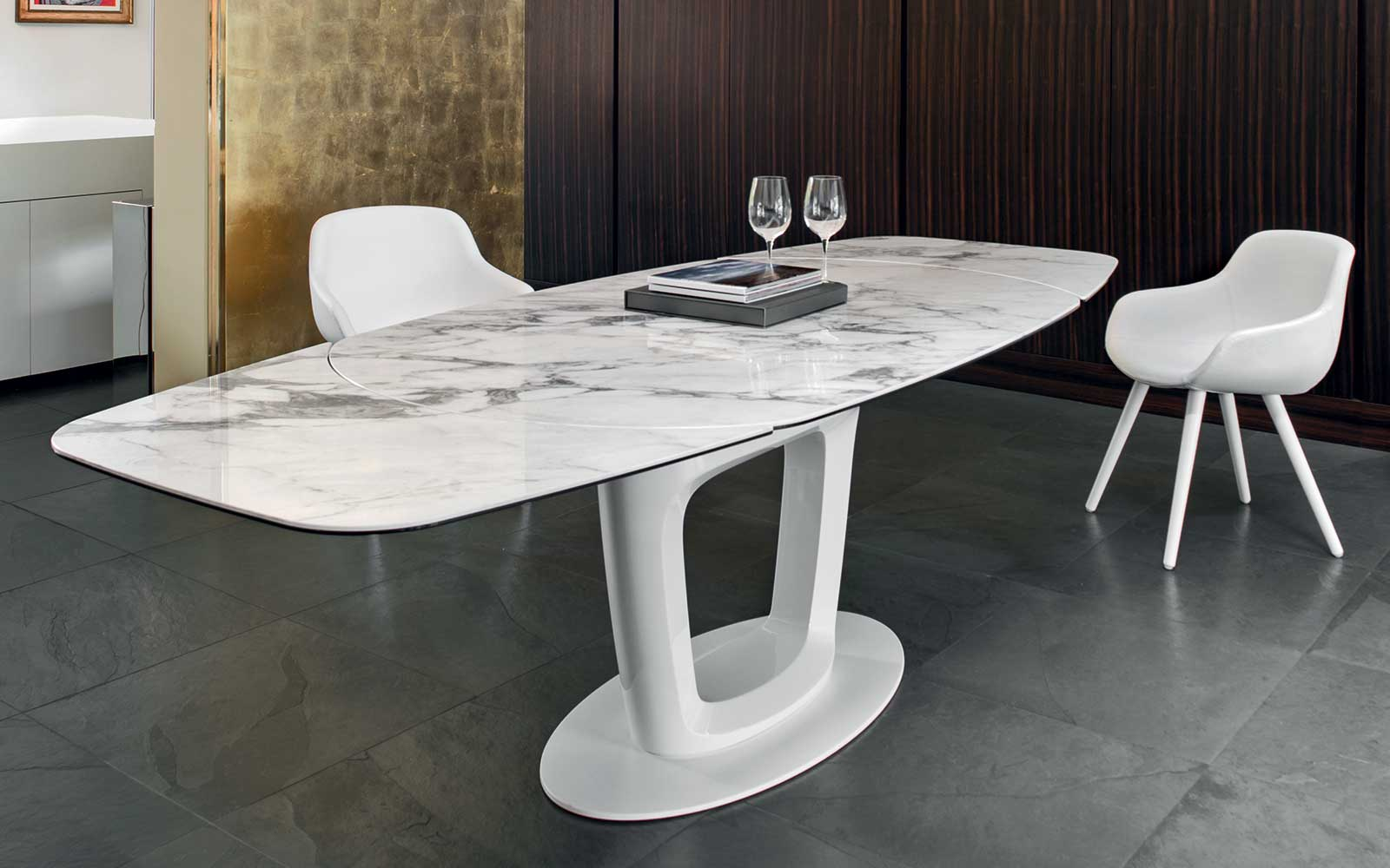 Tavolo allungabile orbital calligaris for Tavoli design low cost