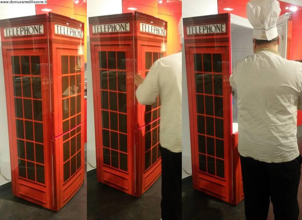 Forum frigo libera installazione rosso for Cabina telefonica inglese arredamento