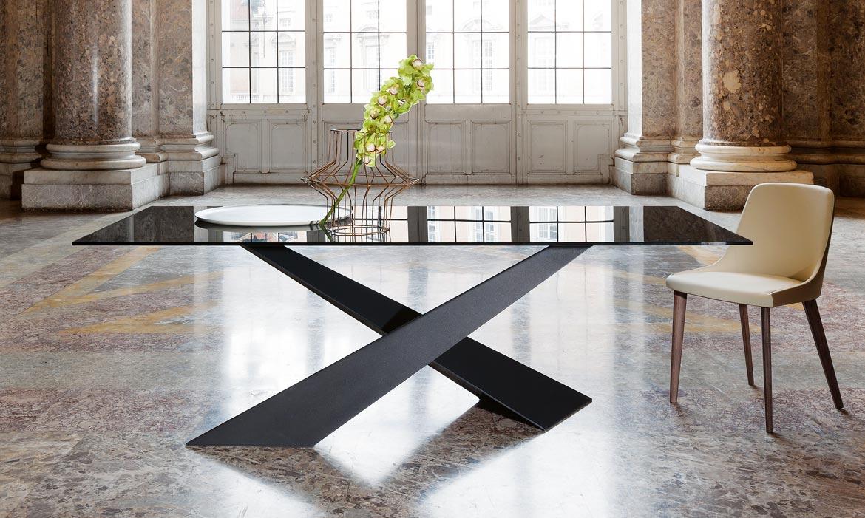 Tavolo living riflessi vetro o legno for Tavolo soggiorno vetro