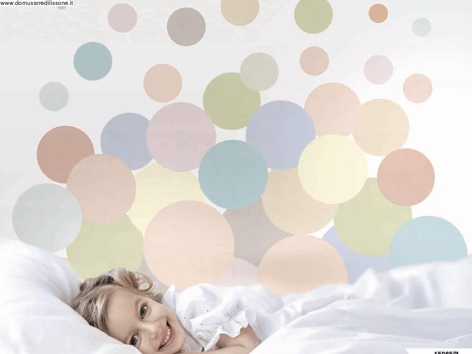 Tappezzeria effetto palloncini colorati per cameretta for Tappezzeria bambini